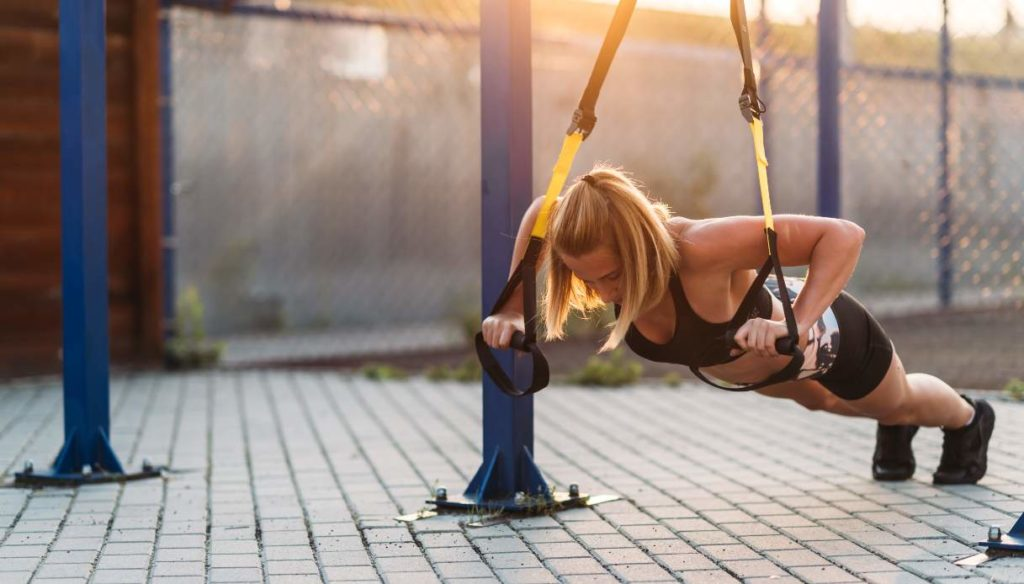 TRX: benefits and exercises of suspension training