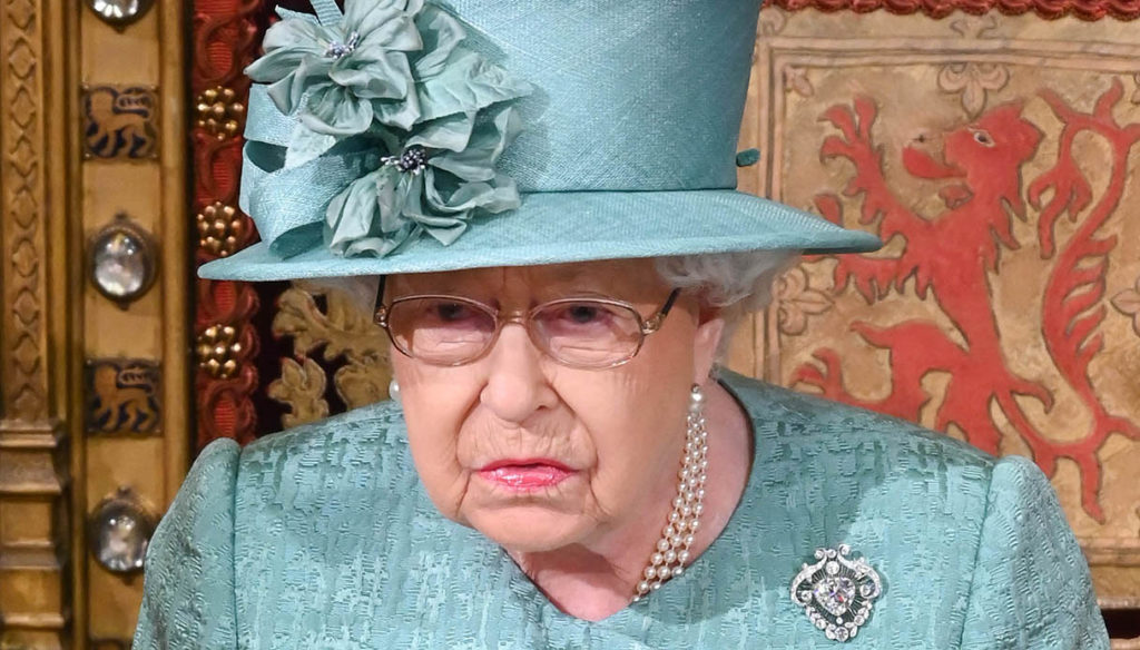 The Queen ready for the vaccine. Kate Middleton and William will have to wait
