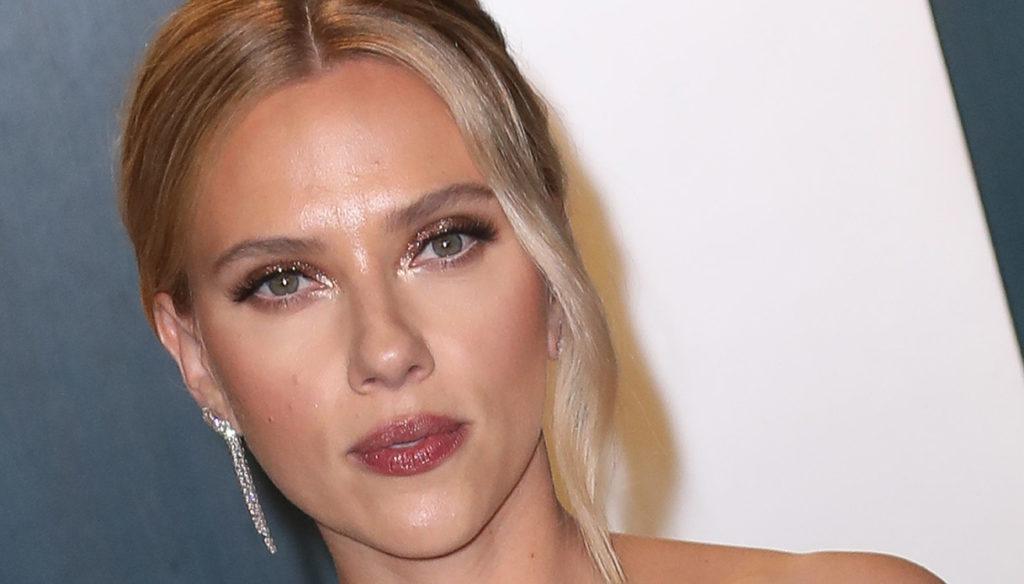 Wonderful Scarlett Johansson: she asks for Zaki's release