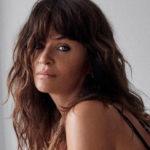 Helena Christensen, il segreto di bellezza: bagni nel fiume ghiacciato