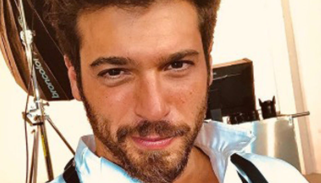 Can Yaman in Italy to work with Gerini and Argentero: chaos and fines
