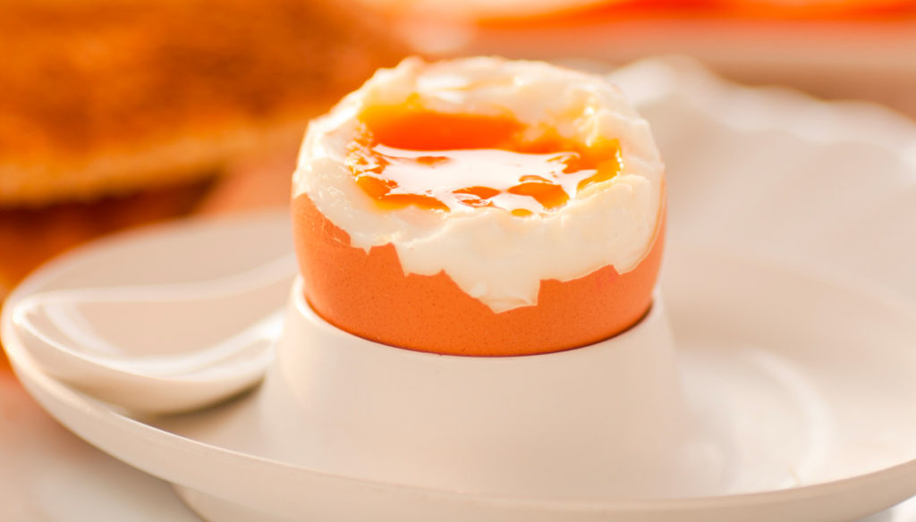 Eggs: calories, nutritional properties and contraindications