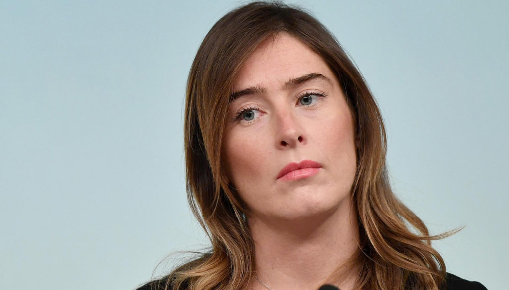 Giulio Berruti defends Maria Elena Boschi: question and answer on Instagram