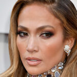 """Jennifer Lopez: """"I've never done botox"""". And reply to a hater"""