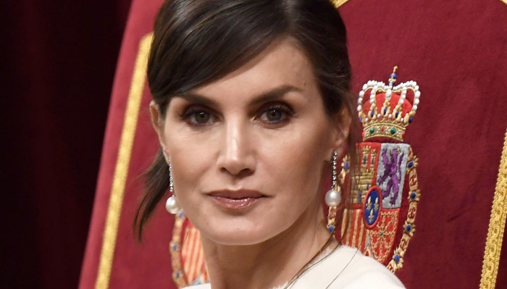 Letizia of Spain does better than Kate Middleton but loses the Head of Protocol