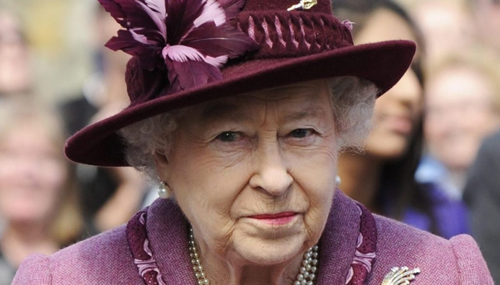The Queen was vaccinated. The Windsors make history without Meghan and Harry