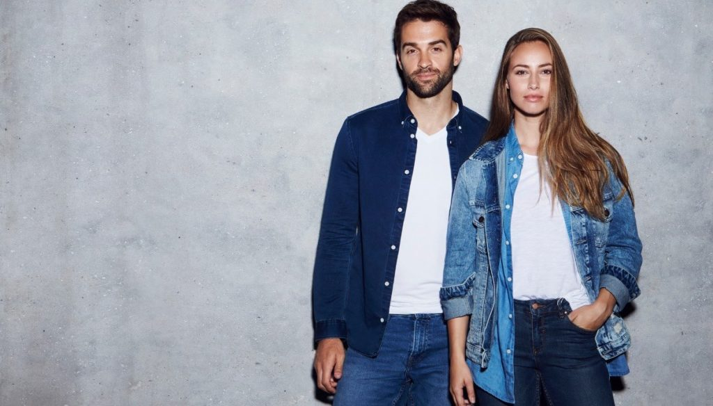"""Give them to your woman"": this is how a jeans label becomes sexist"