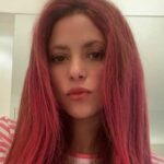 Shakira as Jessica Rabbit: the change of look is spectacular