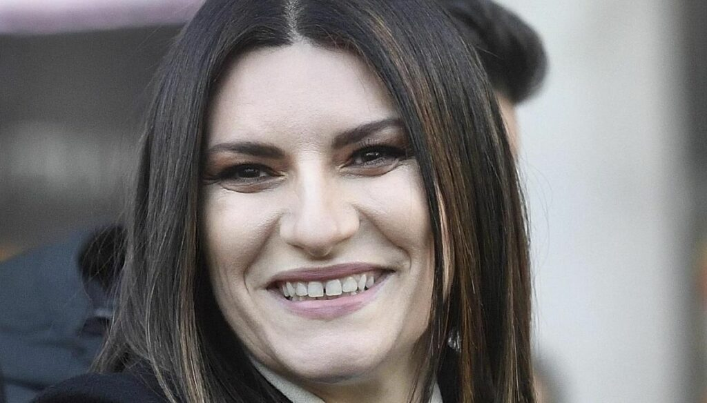 Laura Pausini, the eight years of the daughter and the sweet dedication