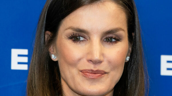 Letizia di Spagna, moments of embarrassment at the Museum but she redeems herself