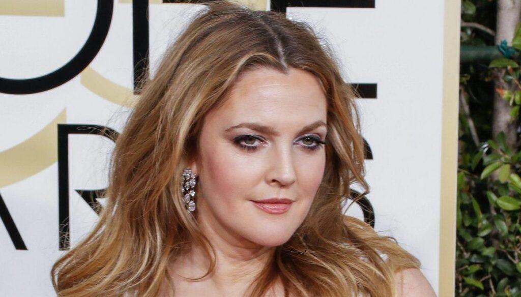 Drew Barrymore compie gli anni, che fine ha fatto l'attrice