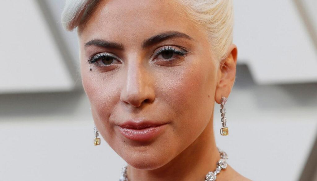 Lady Gaga, ritrovati i cani: la cantante in lacrime