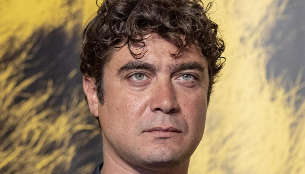 Riccardo Scamarcio talks about his daughter for the first time