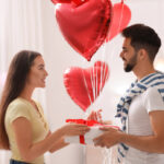 Romantic surprises to do on Valentine's Day
