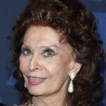 "Sophia Loren, the ""L.A., Italy Legend Award"" to the actress"