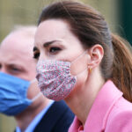Kate Middleton dresses in pink but is gloomy and William furiously replies to Harry