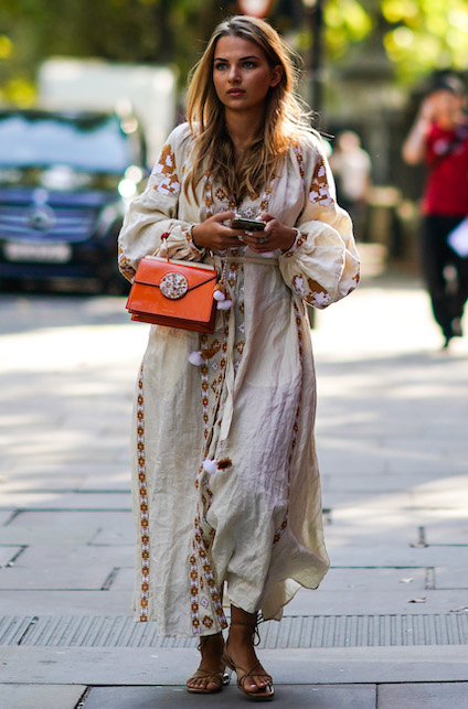 Boho chic look: floral dress