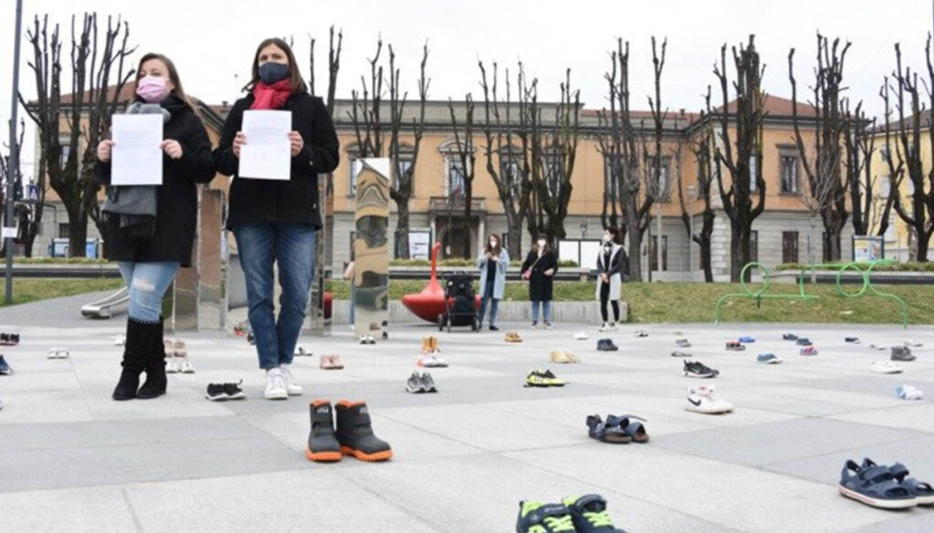 protesta mamme Treviglio