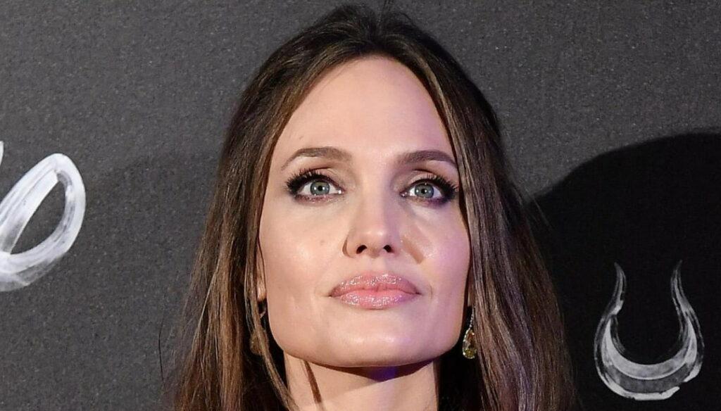 Angelina Jolie vs. Brad Pitt, her son Maddox called to testify
