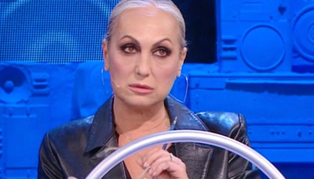 """Amici 2021, la Celentano contro Rosa e Martina: """"Non meritano il Serale"""""""
