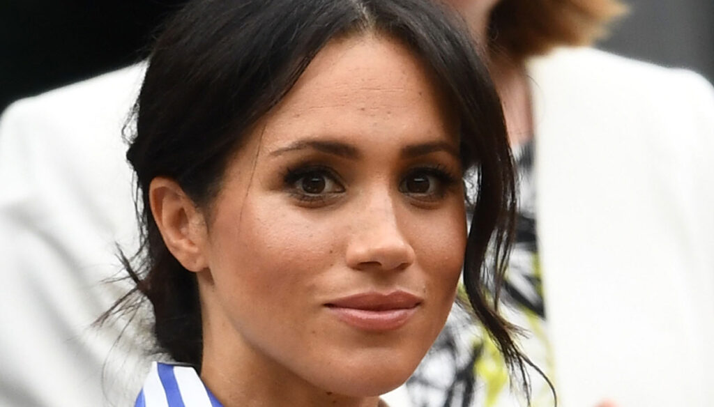 Meghan Markle denies the secret wedding. And the executive director resigns