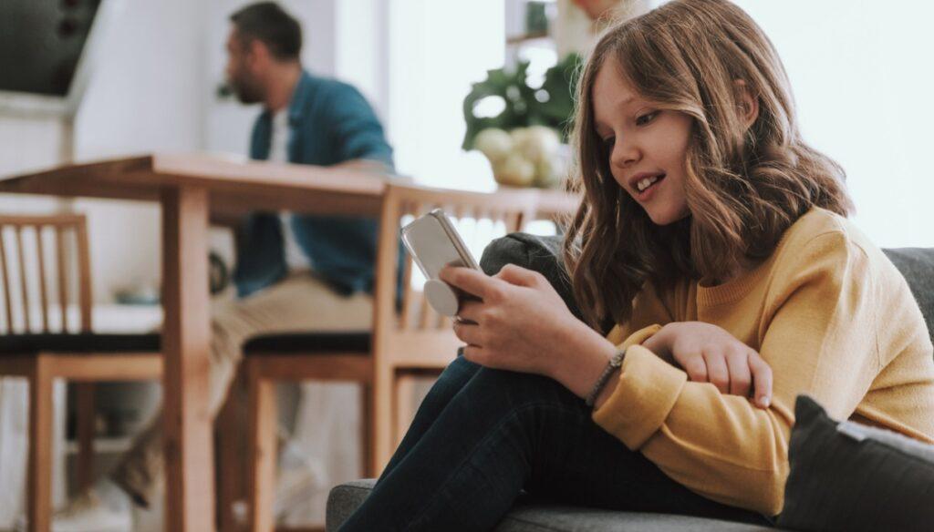 Network security: Instagram towards an app for children