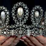 Tiara dei Savoia at auction: you can try it on Instagram in 3D
