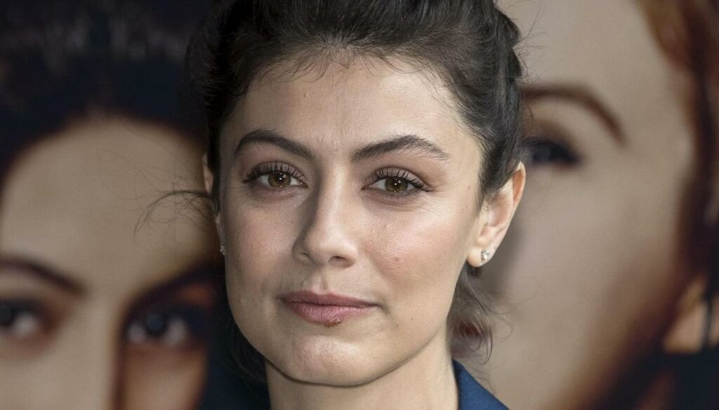 """Alessandra Mastronardi and the wedding: """"Before that happens, time will pass"""""""