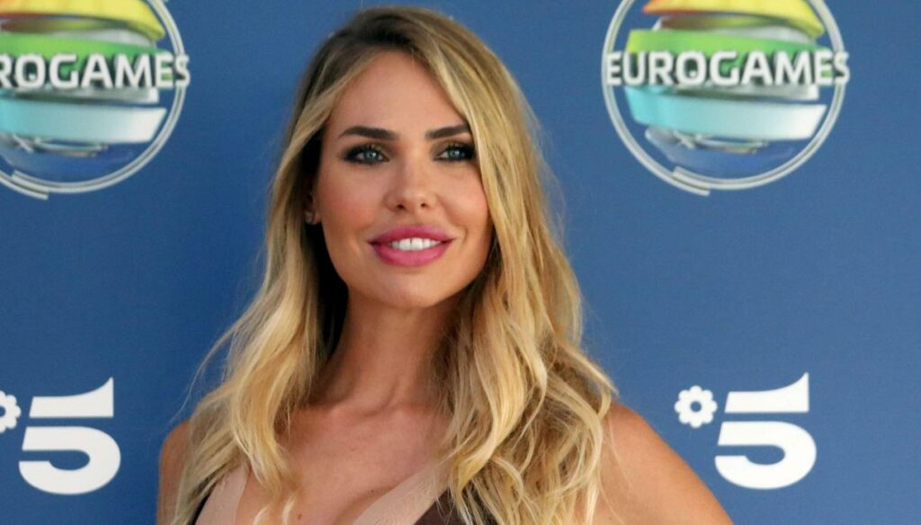 Ilary Blasi: here is the report card of her looks