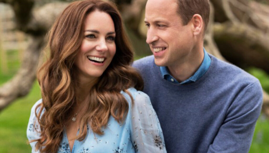 Kate Middleton, the bohemian maxi dress for the anniversary is a charm