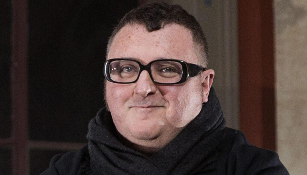 Fashion in mourning, goodbye to Alber Elbaz: the eternal fashion boy was 59 years old
