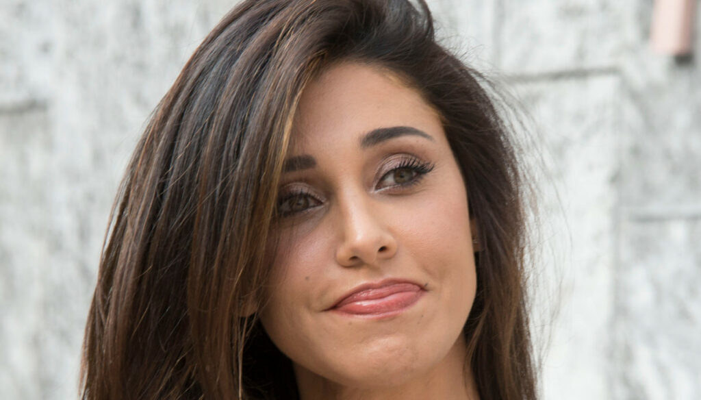 Secret Song, Belen Rodriguez in the storm for the cachet: the truth