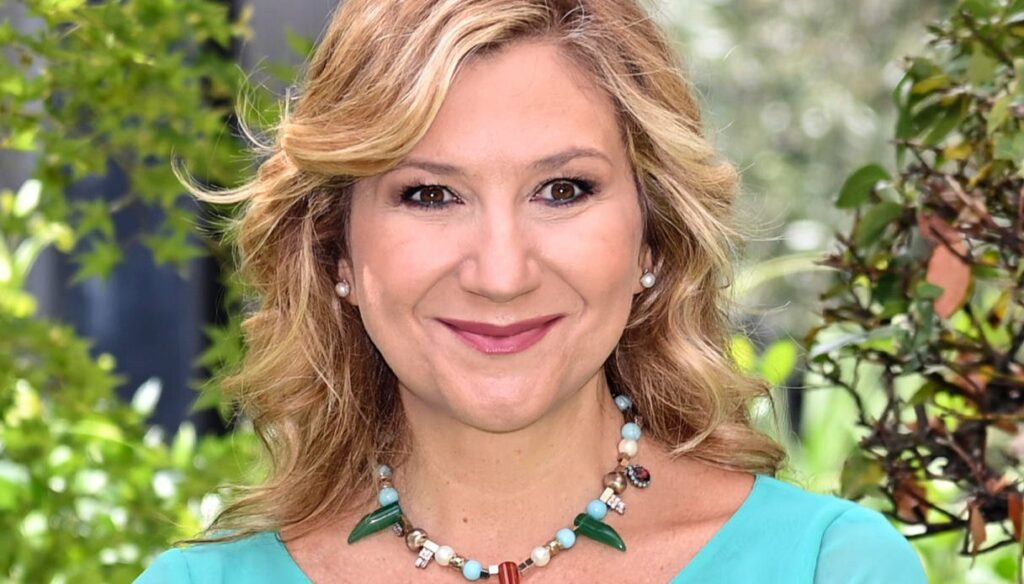 Serena Bortone: being a woman is not just a wedding ring