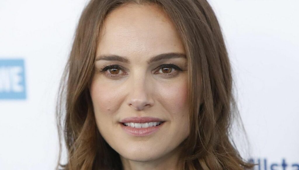 The days of abandonment by Elena Ferrante, with Natalie Portman: 5 things to know