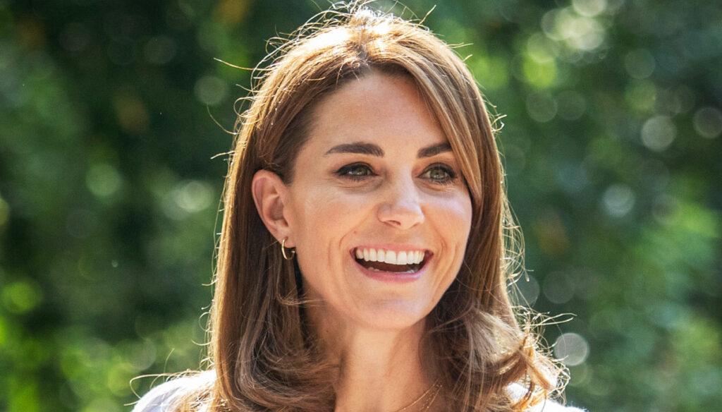 Kate Middleton raggiante al Battersea Park