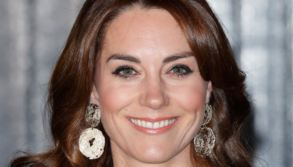 Kate Middleton, the 7 euro pantyhose to put up with heels all day
