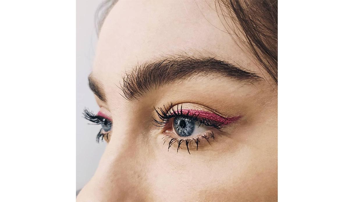 burgundy colored makeup eyeliner