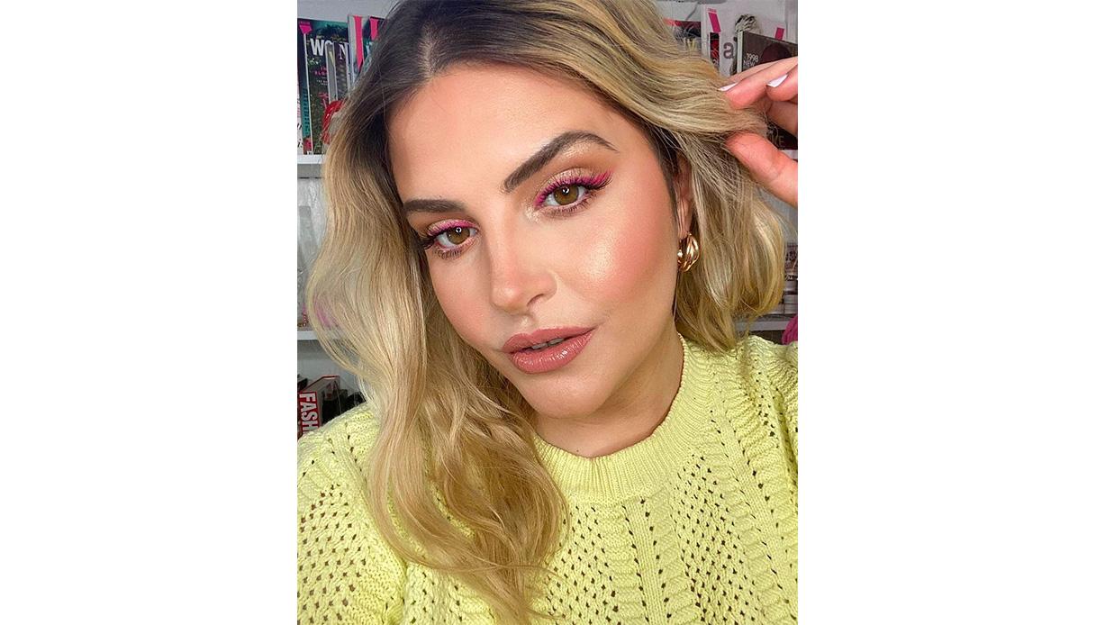 pink eyeliner look makeup