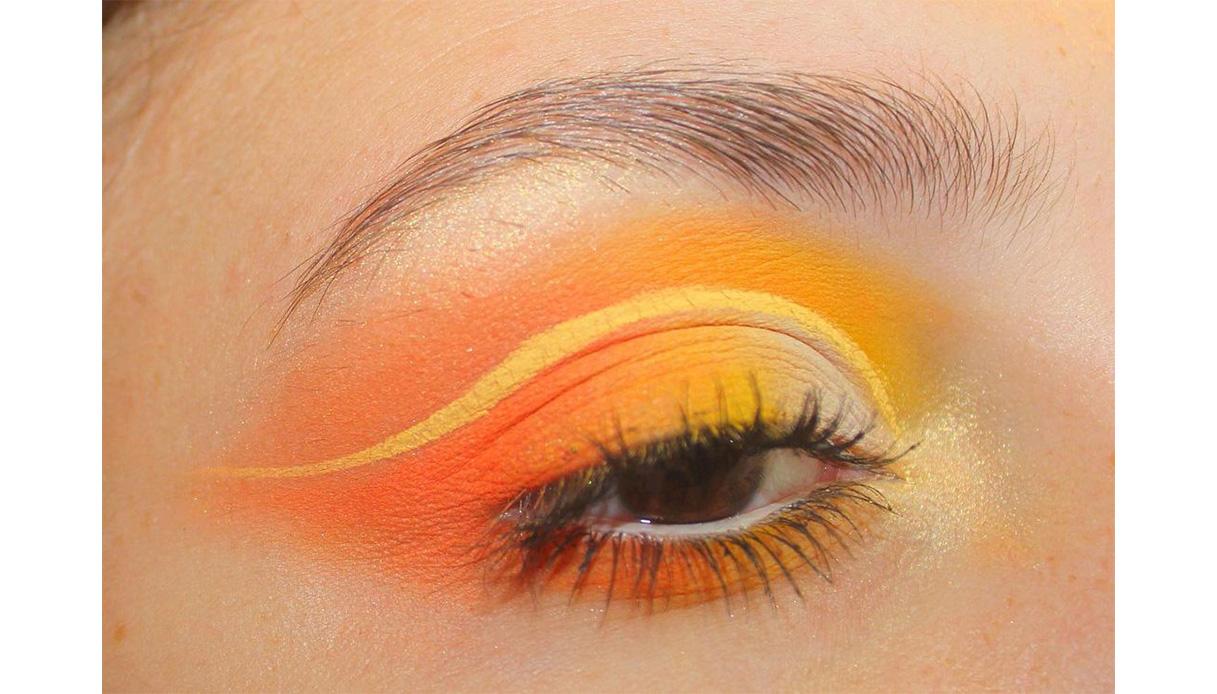 eye makeup yellow eyeliner cut crease