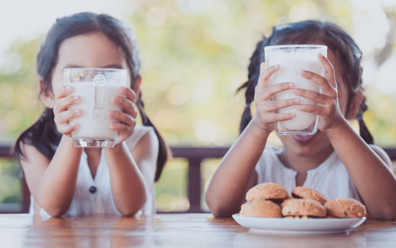 Milk: the ally for combating overweight and obesity