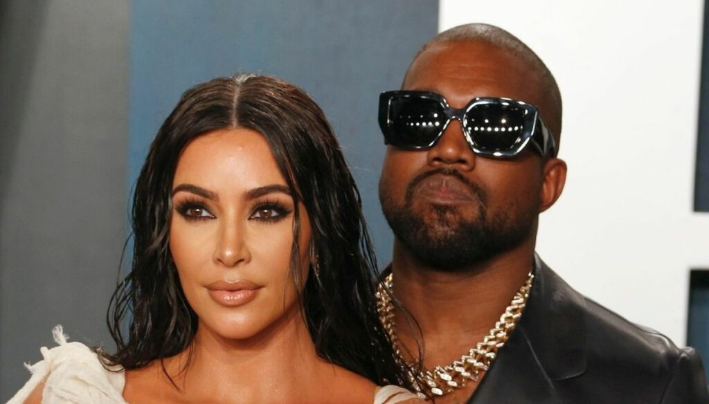 "Kim Kardashian, the former Kanye West ""consoles"" himself with Irina Shayk"