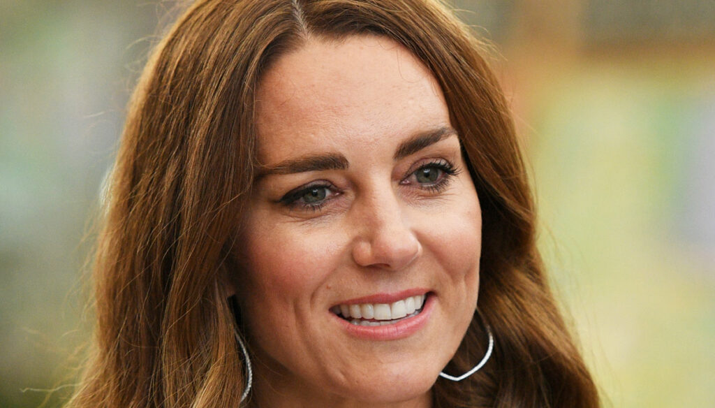 Kate Middleton on video with the white top. But he risks the diplomatic incident