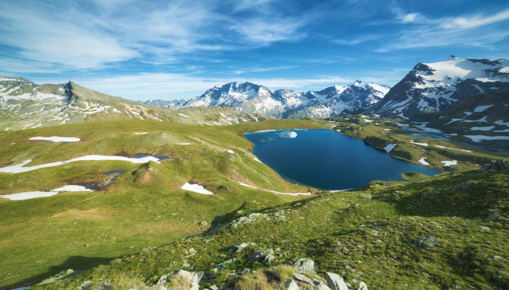 The most beautiful Italian National Parks for a holiday in nature