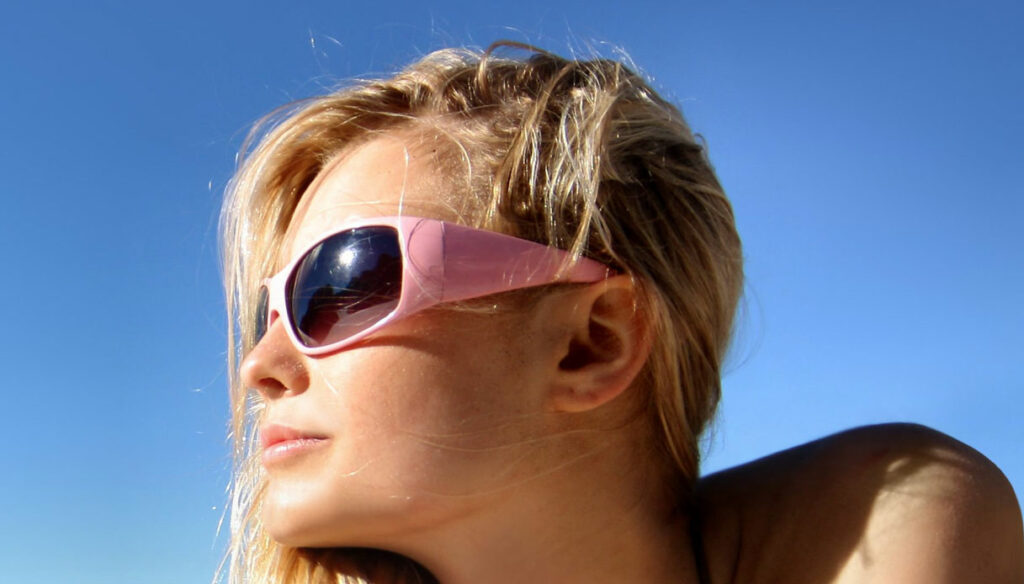 How to protect your eyes in summer and what are the risks