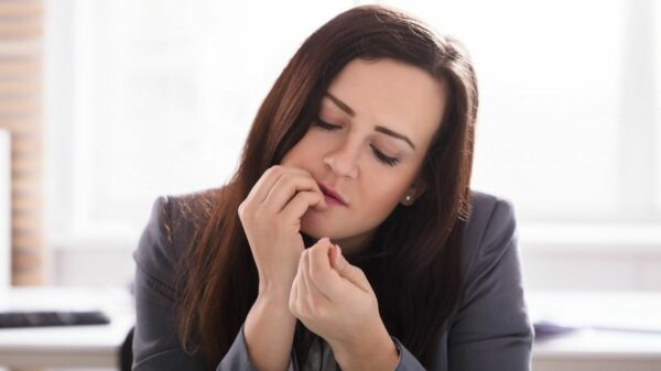 Nail biting: causes, consequences and remedies