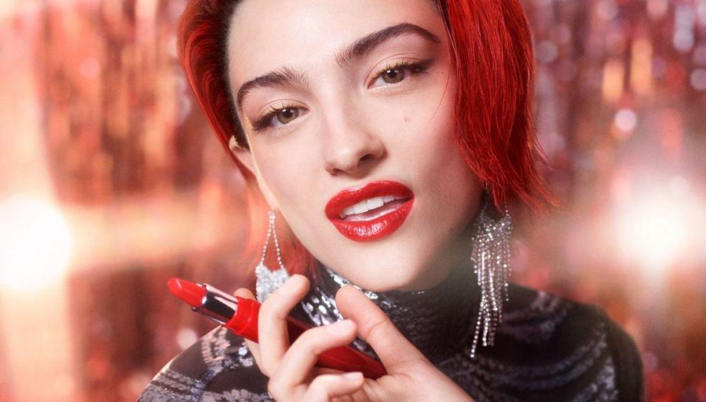 girl shiny red lipstick