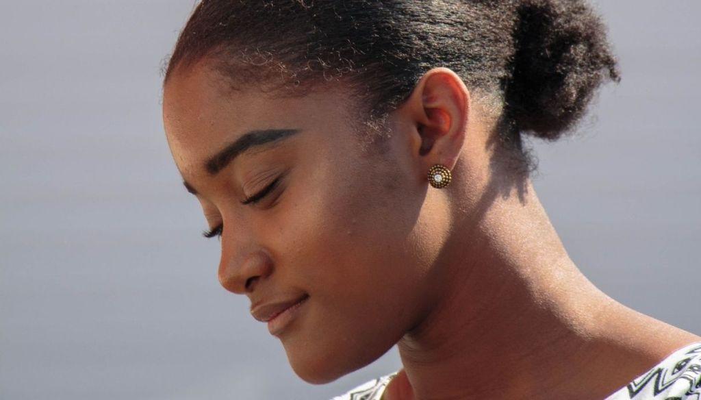 young black girl natural makeup