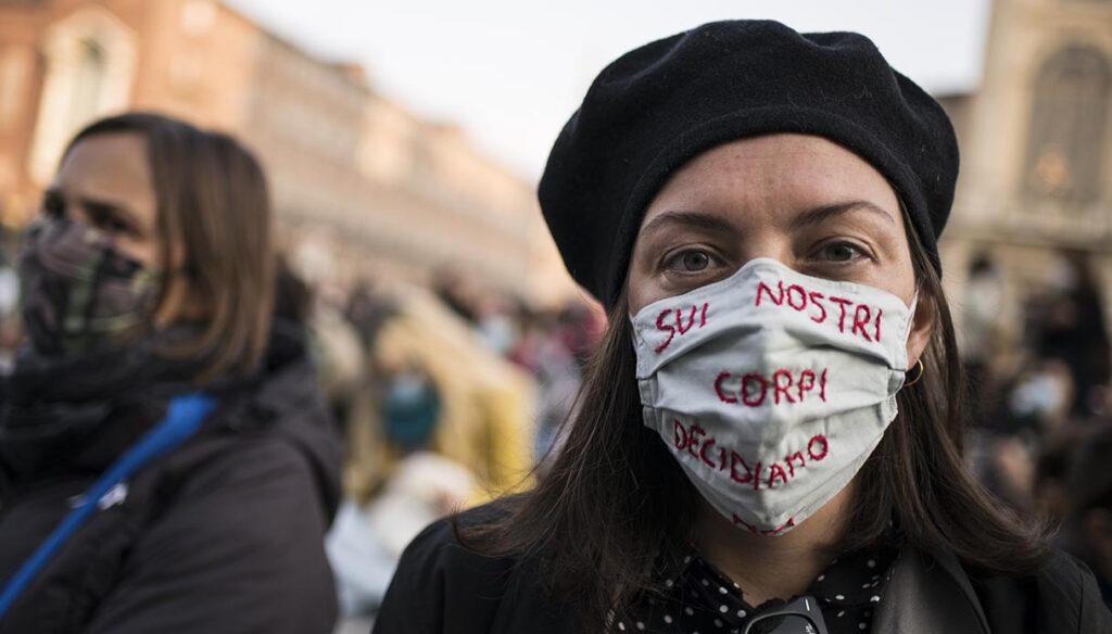 Aborto, la situazione in Italia e nel mondo