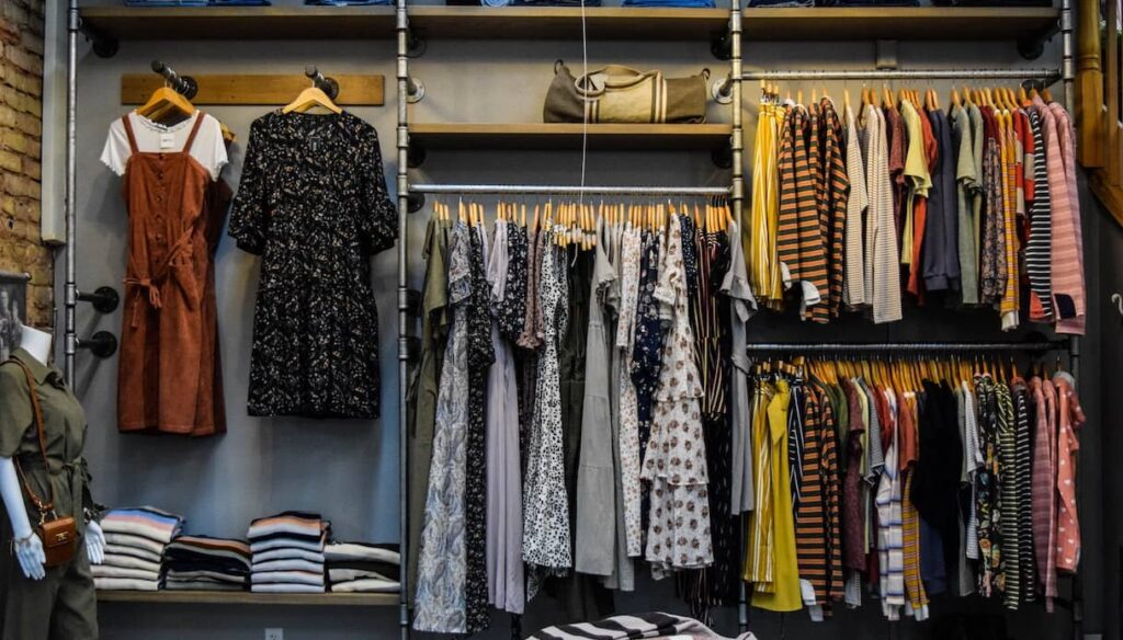 What is fast fashion: an easy explanation
