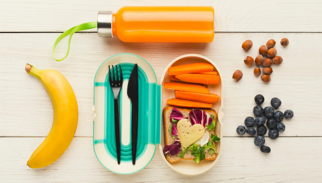 Back to school: the ideal snacks to take to school